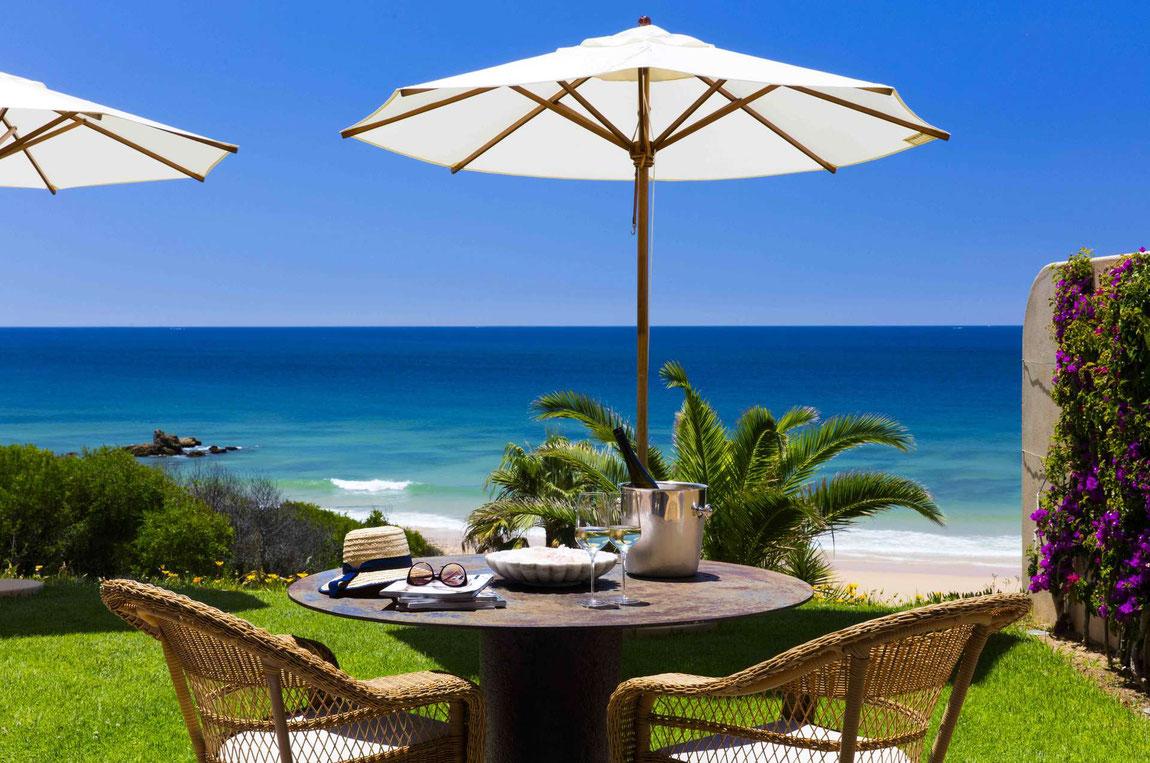 Blick aufs Meer von der Vila Joya an der Algarve