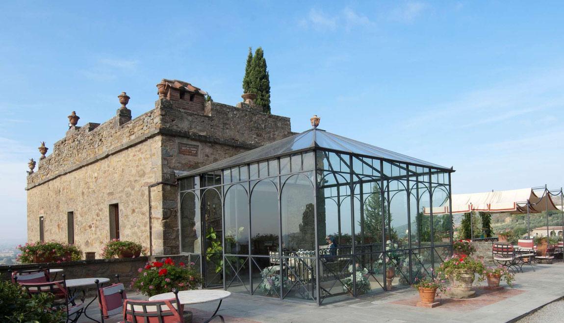 Relais Il Falconiere Eingang Restaurant mit Wintergarten