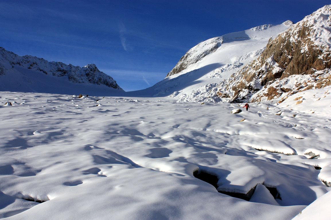 Le glacier dans son ensemble lors des premières chutes de neige automnales - 19 octobre 2016