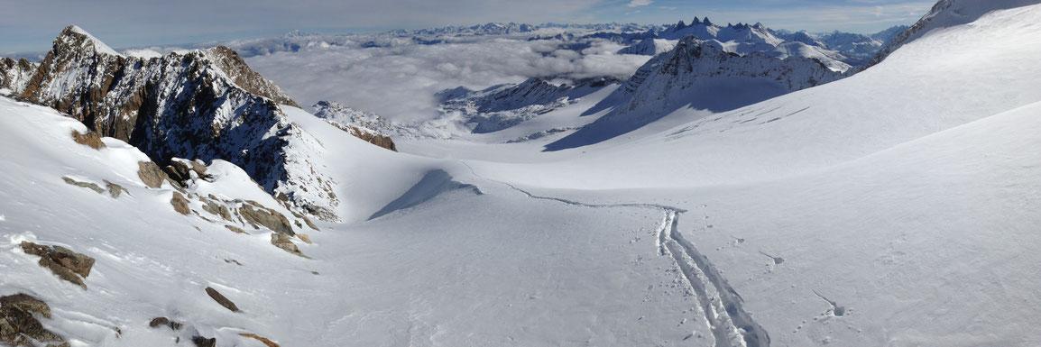 Glacier de St Sorlin et Aiguilles d'Arves sur la droite