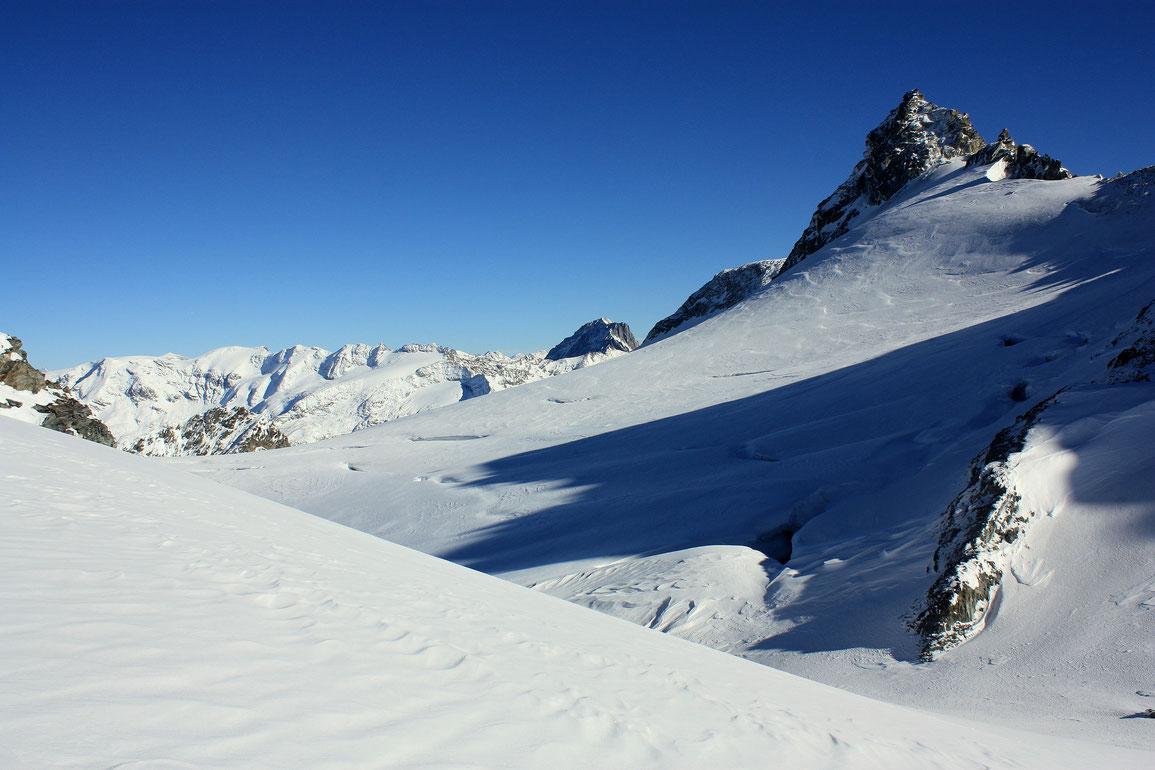 Glacier de Gébroulaz et Aiguille de Polset (3528 m)