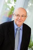 Rechtsanwalt und Notar Jürgen Warmbold