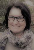 """Met """"Blootstelling"""" is Cecilia Hofmeyr 'n wenner van die Skryfgeheime- distopiese skryfkompetisie"""