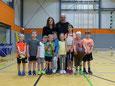 Tatkräftige Unterstützung findet die Kinderarbeit durch Ivanna, die FSJlerin des Kreisfachverbandes Volleyball.