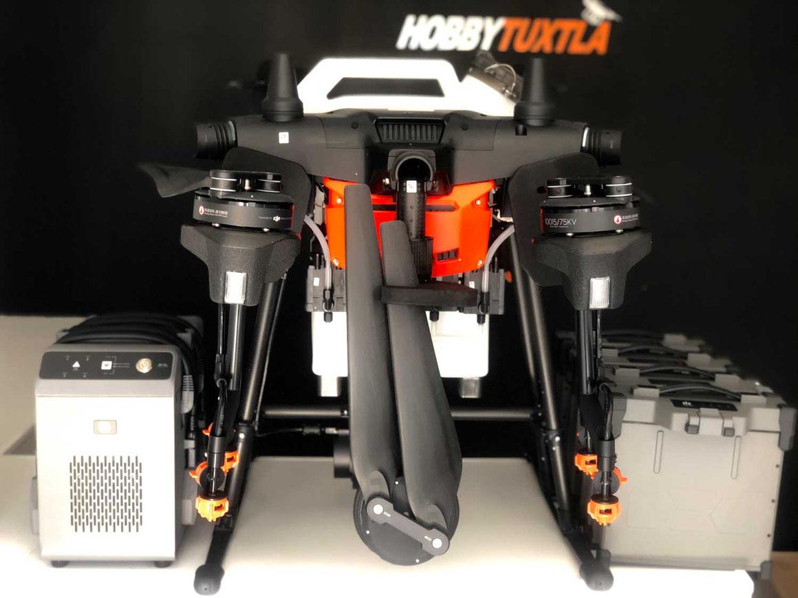 Agras T16 Kit con 4 baterías y 1 cargador obtenga un rendimiento de 2 hectáreas por batería y 40 hectáreas por jornada