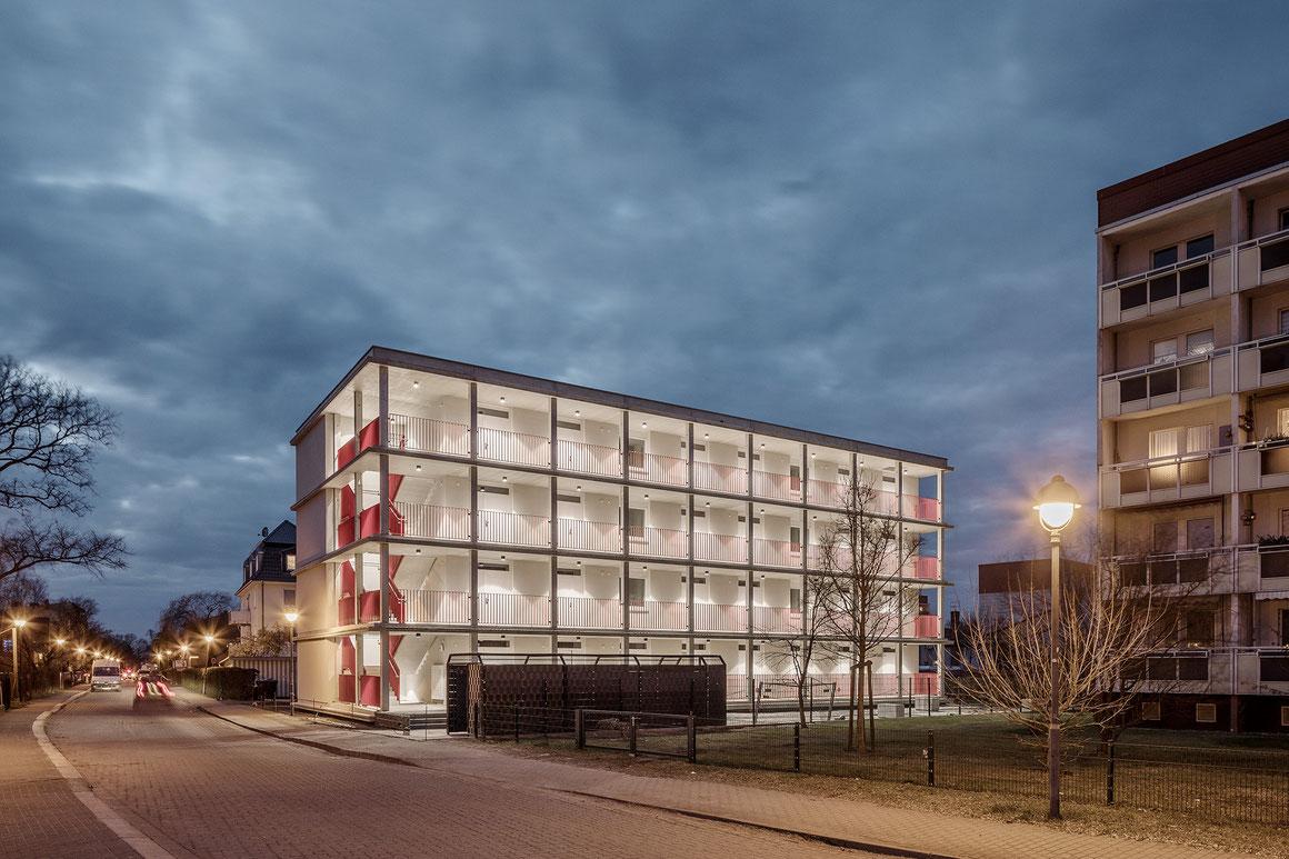 bauzeit berlin, Bauleitung, Mehrfamilienhaus (Fotograf: Philipp Obkircher)