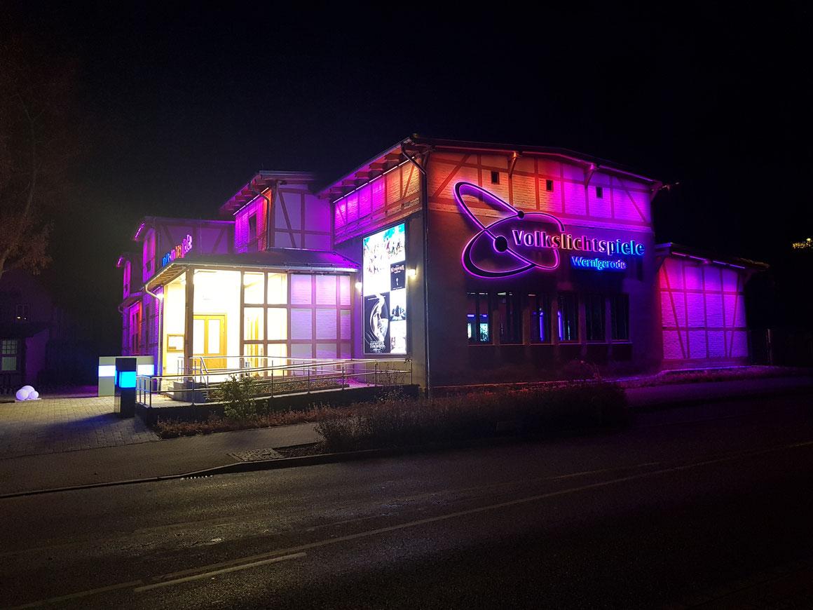 neubau aus ökologischer und energieeffizienter holzsystembauweise, bauzeit berlin, Komplettsanierung historisches Kino Wernigerode