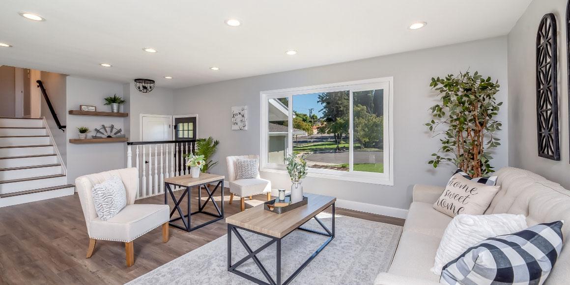 laminate-flooring-in-a-living-room