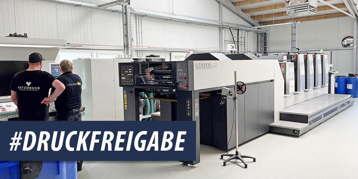 Druckfreigabe für die Komori Lithrone G 29 Offset-Druckmaschine in der Druckerei Satzdruck (NRW)