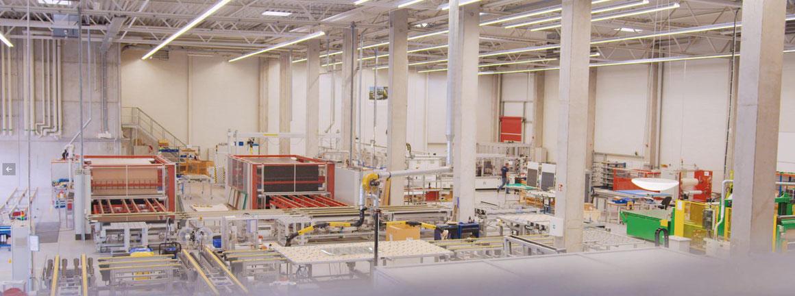 Solarmodulhersteller - Solarterrassen & Carportwerk GmbH - Werk II Erfurt Premium Solarglas