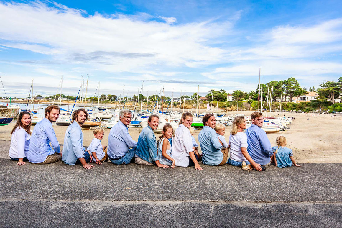 Séance-photo-en-famille-port-du-toulru-avec-nils-dessale-photographies