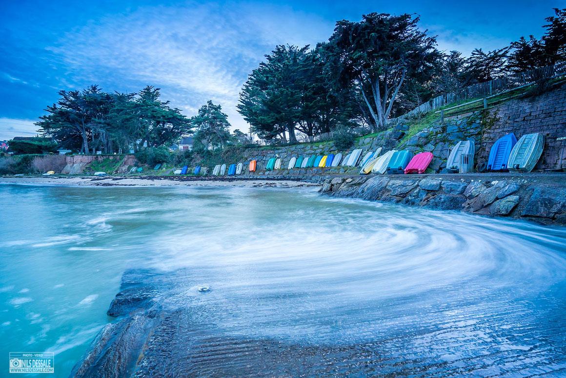 Les annexes multicolores du port du toulru à Mesquer-Quimiac