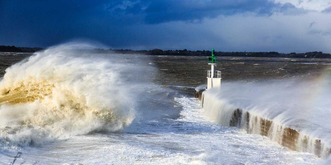 Photographie panoramique - Tempête sur la pointe de merquel