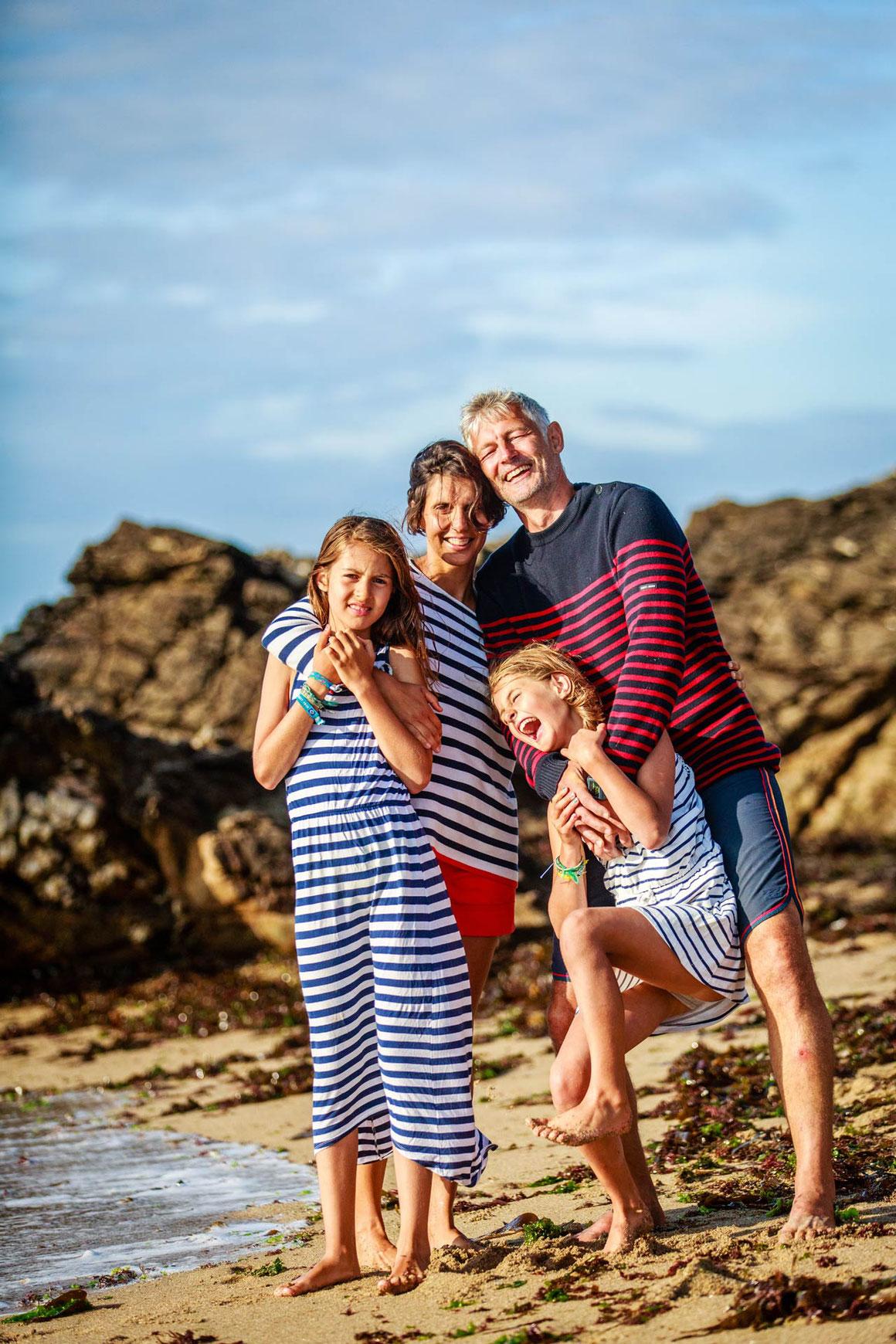 Séance photo portrait familles enfants- Photographe Loire atlantique, Morbihan avec le Photographe Professionnel Nils Dessale