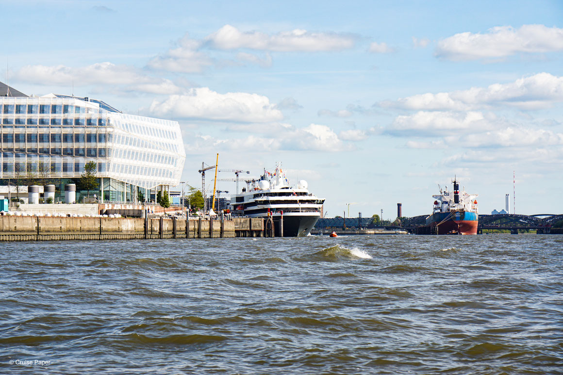 WORLD EXPLORER Cruise Center HafenCity Hamburg