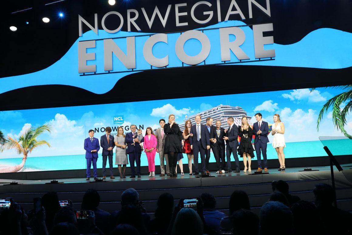 Norwegian Encore Taufe mit Kelly Clarkson