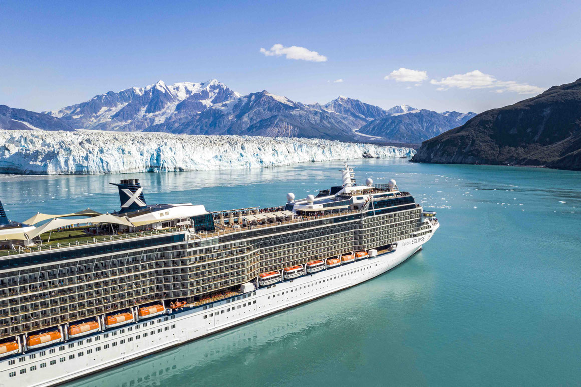 Celebrity Eclipse am Hubbard Glacier
