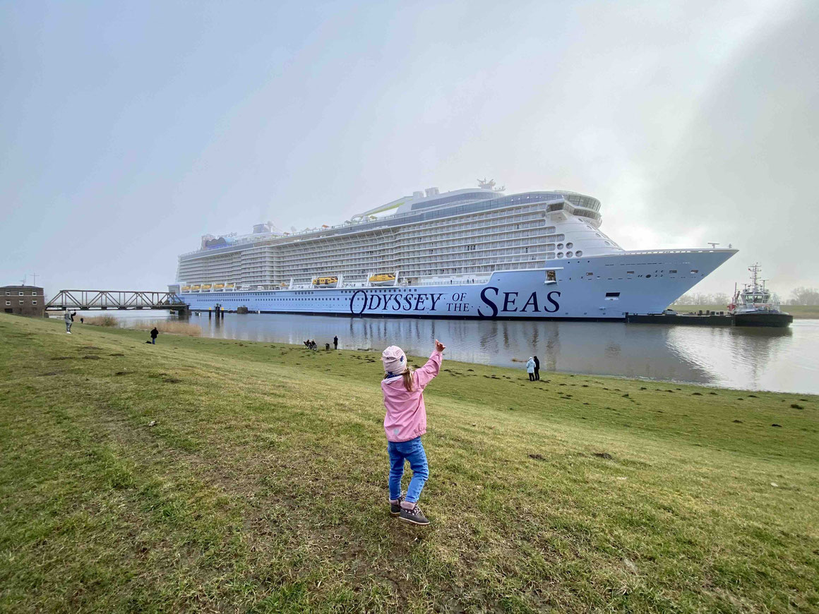 Odyssey of the Seas Emsüberführung