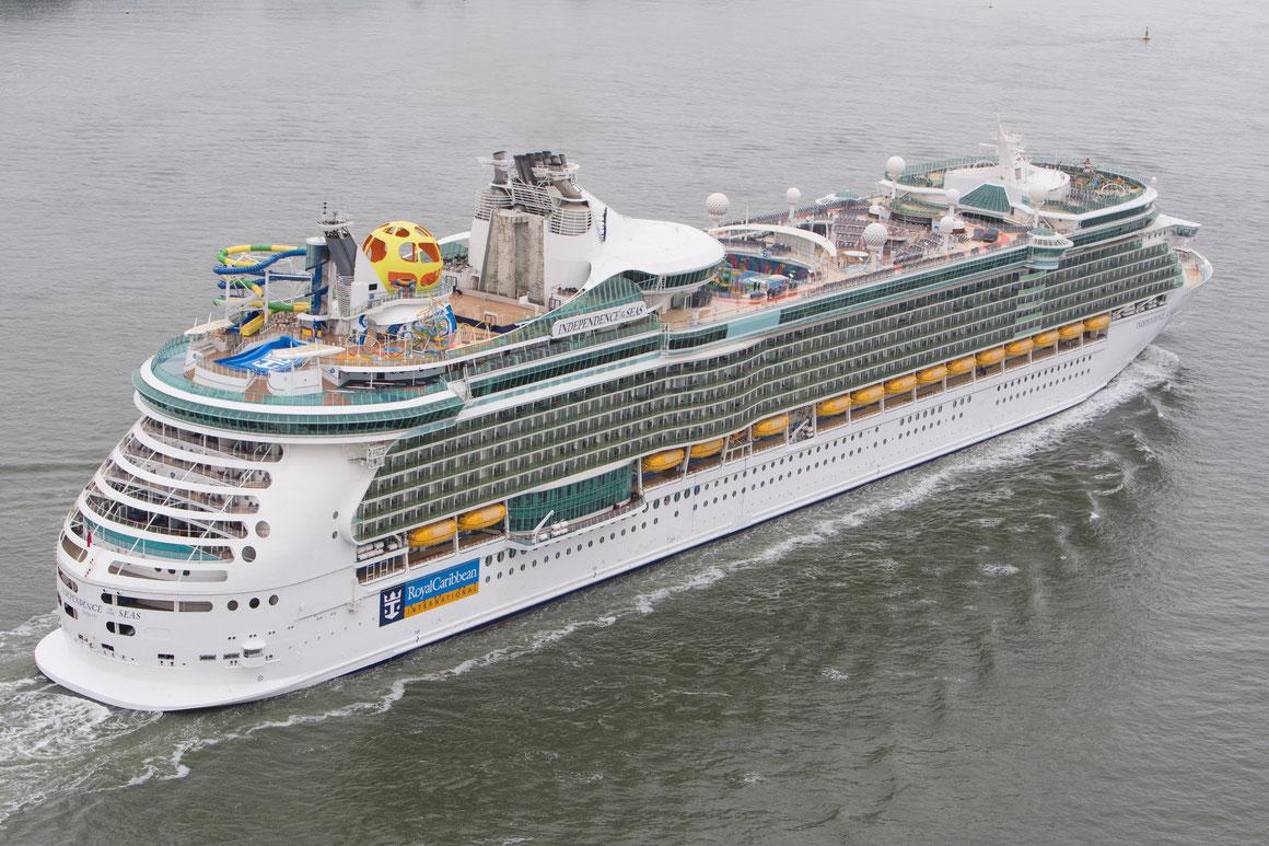 Independence of the Seas Hamburg