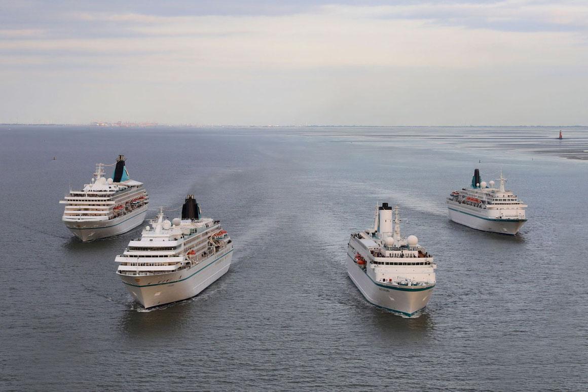 Phoenix Reisen Flottentreffen Bremerhaven