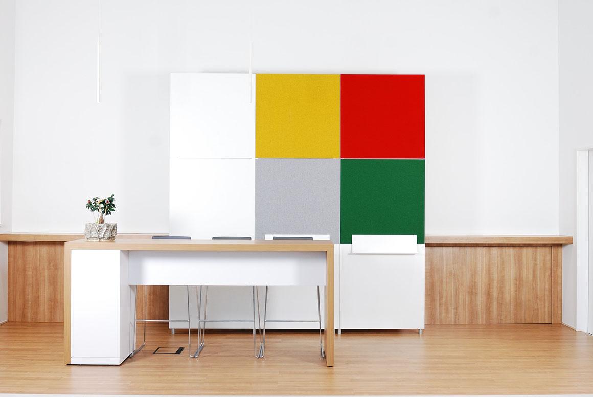 Wienss Innenausbau GmbH - Silenzio 4.0 von Leitex - akustisch wirksames modulares Trennwandsystem - Einsatz im Büro