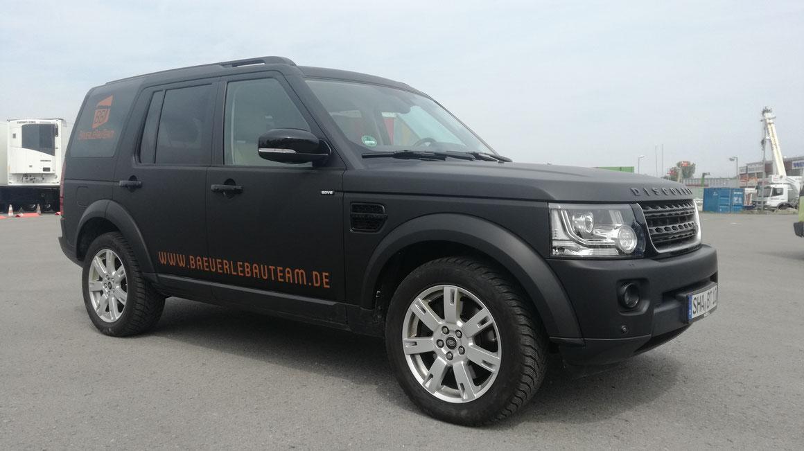 Autofolierung 6er BMW - von silber auf matt grau - Cooles matt Schwarz für Dein Auto