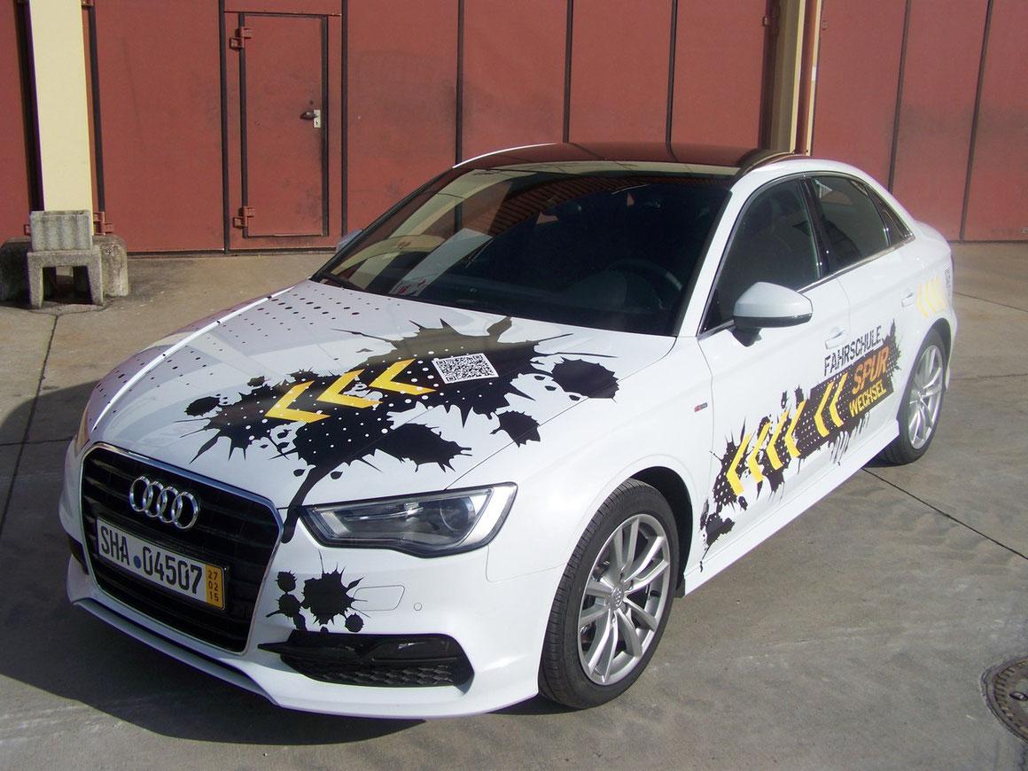 Fahrzeugfolierung, Car Wrapping, Fahrzeugbeschriftung - Blickwerbung aus Crailsheim