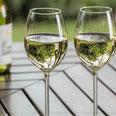 Weißwein zwei Weingläser