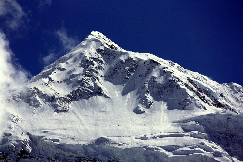 Face N imposante de l'Annapurna II (7 937 m)