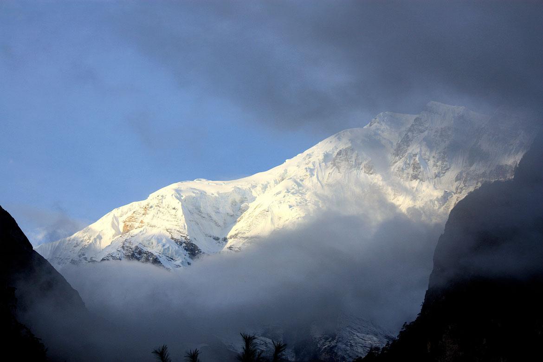 Les hauts sommets enneigés se dévoilent enfin !