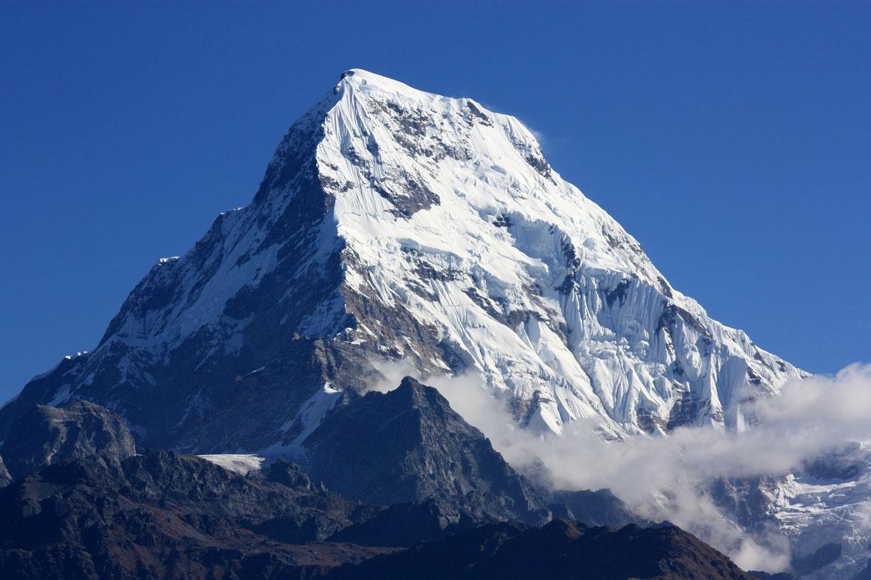 Annapurna Sud (7 219 m) depuis Poon Hill (3193 m)