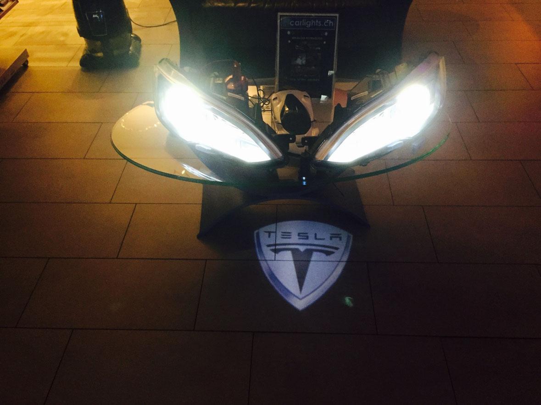 Tesla MODEL S 85P,  Umbau von Xenon 2000LM auf LED 3000LM  by www.carlights.ch  Für Tesla Model S, bitte per email anfragen: info@carlights.ch