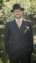 Harald Fink im Hochzeitsanzug