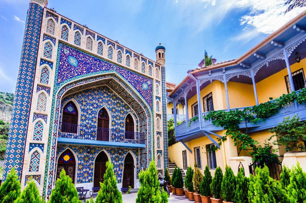 Covid-19-cele-mai-bune-destinații-pentru-călători-vaccinați-în-Europa-Tbilisi-Georgia