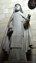 la statue en plâtre de sainte Colette