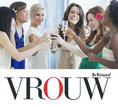 Foto Gonnie Fles wijn openen VROUW.nl Telegraaf