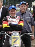Seit 30 Jahren ist Herbert Stehmer (rechts) für Weltmeister Gerd Riss eine wichtige Säule im Erfolgskonzept. Der 50-Jährige war von Anfang an dabei und erlebte mit Riss zahlreiche Siege und Titel.