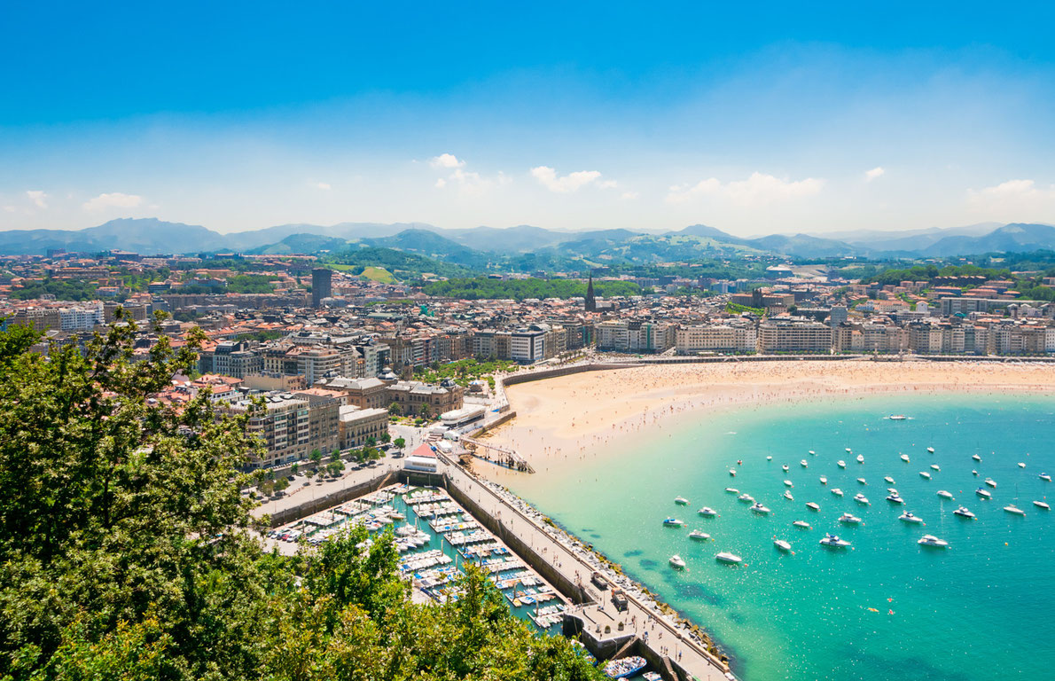 Best beaches in Europe -  San Sebastian Copyright Alexander Demyanenko - European Best destinations