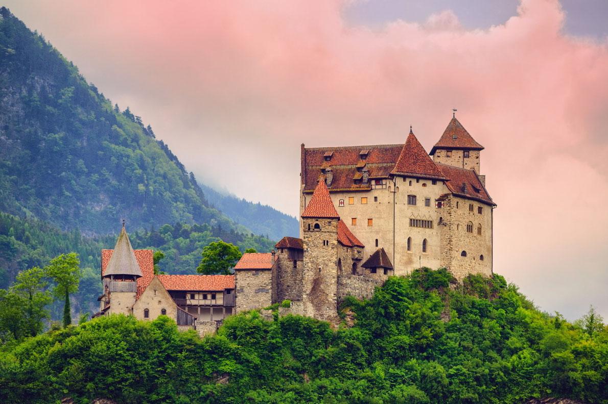 Best royal family palaces in Europe - Copyright Boris Stroujko - European Best Destinations