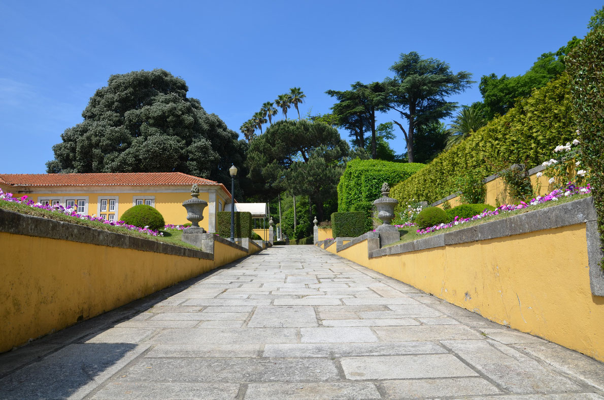 Jardim do Palacio de Cristal Park, Porto, Portugal.
