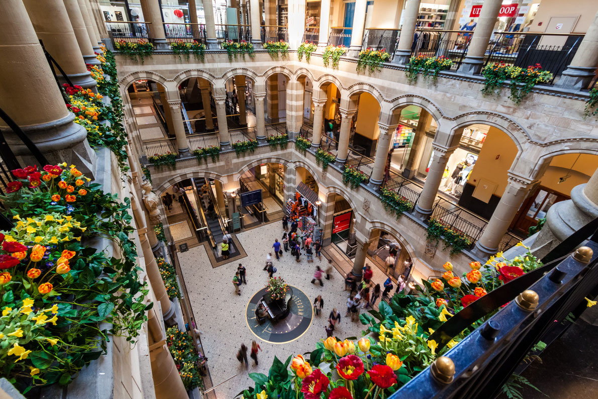 Best shopping centers in Europe - Magna Plaza Amsterdam Copyright mandritoiu -  European Best Destinations