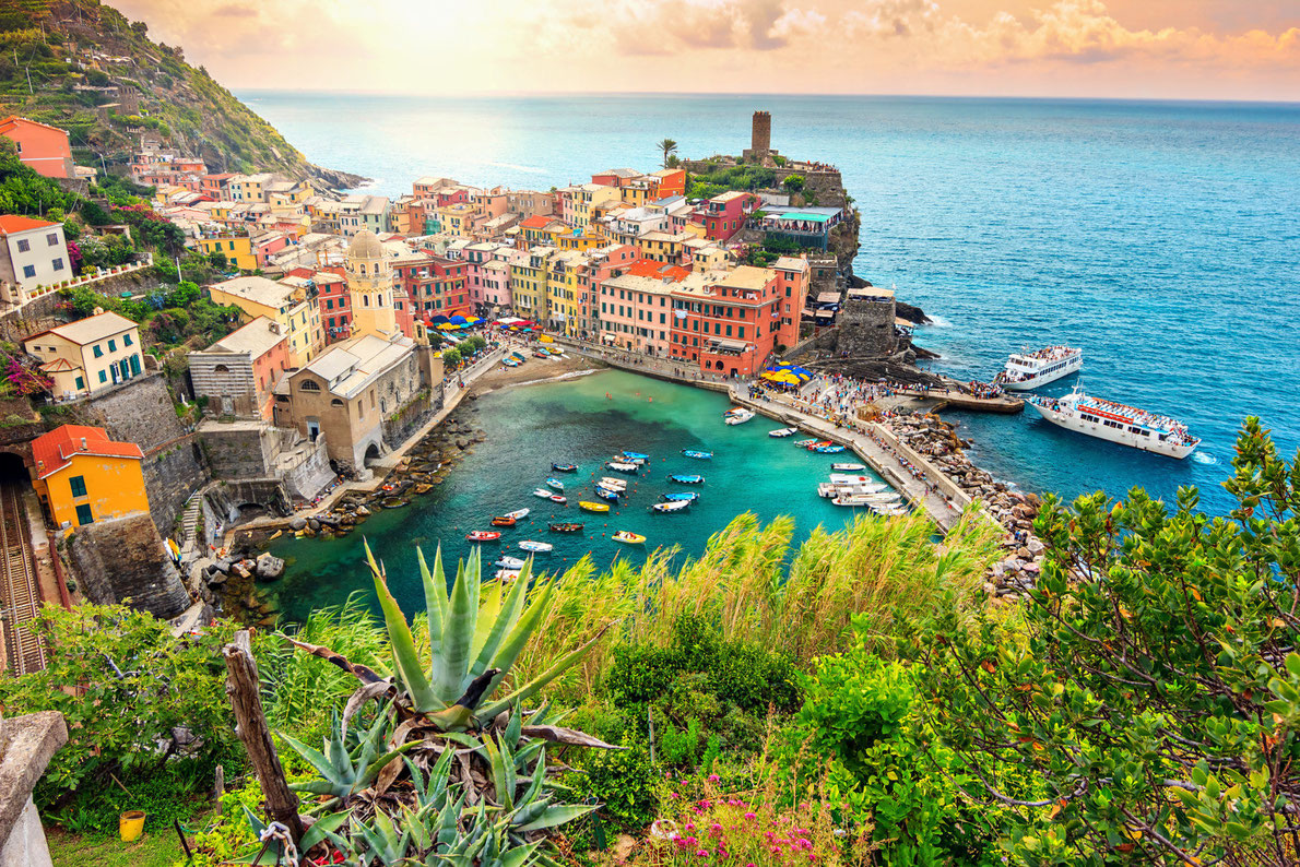Cinque Terre Copyright Gaspar Janos - best hidden gems in Europe European Best Destinations