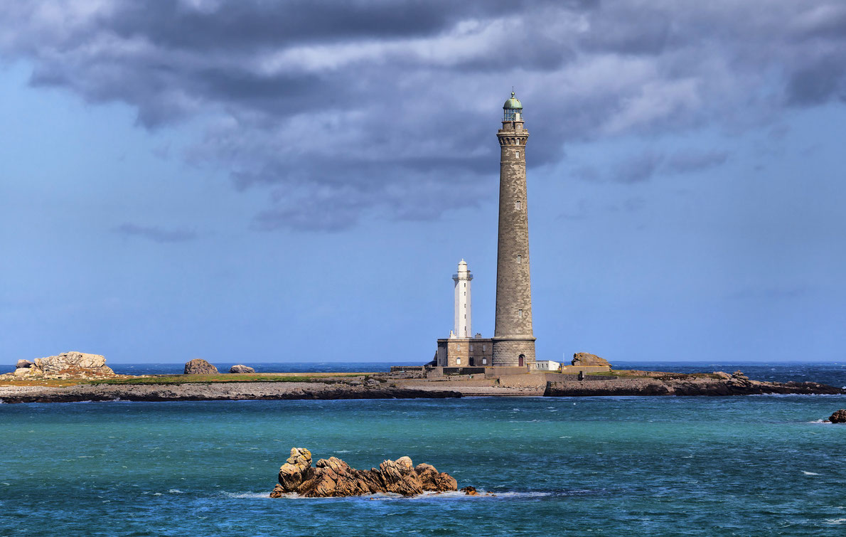 Phare de l'ile vierge lighthouse Plouguerneau - Best Lighthouses in Europe -