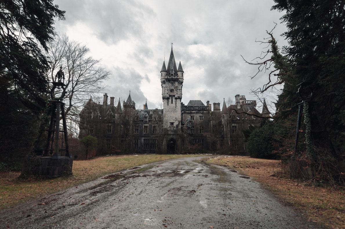 Top abandoned places in Europe -Miranda Castle - Copyright Luuk de Kok - European Best Destinations
