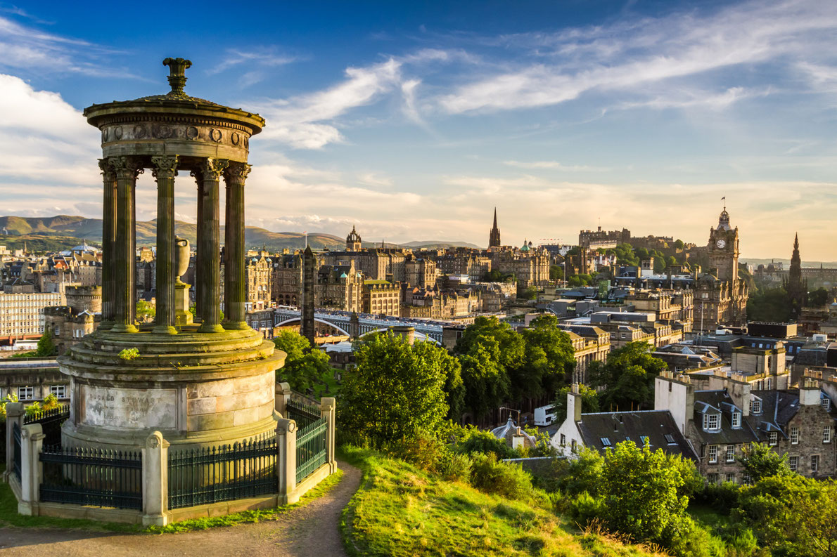 Edinburgh-scotland-best-romantic-destinations-in-europe