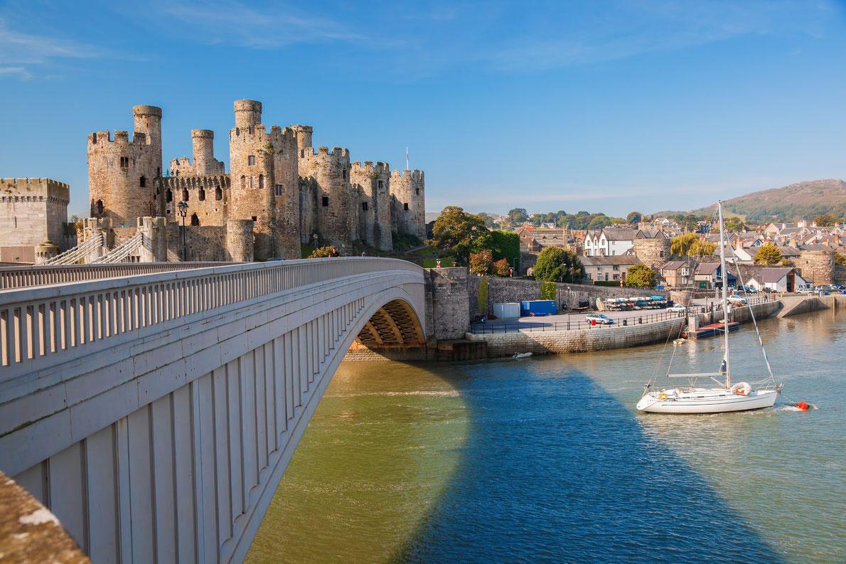 Os 15 Castelos mais belos da Europa, o 1º é português!! Stibou5