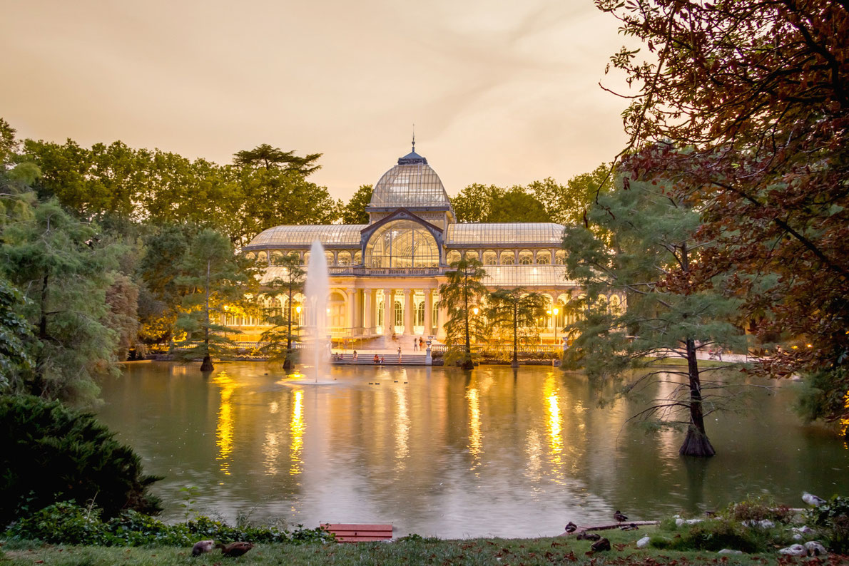 Best city parks in Europe - Parque de Retiro Madrid Copyright David Pereiras - European Best Destinations