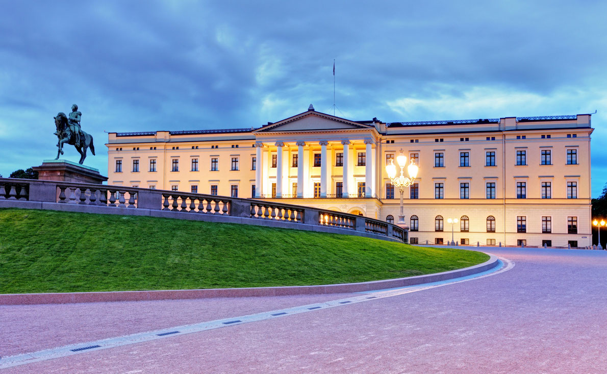 Royal Palaces in Europe - Royal Palace of Oslo Copyright TTstudio - European Best Destinations