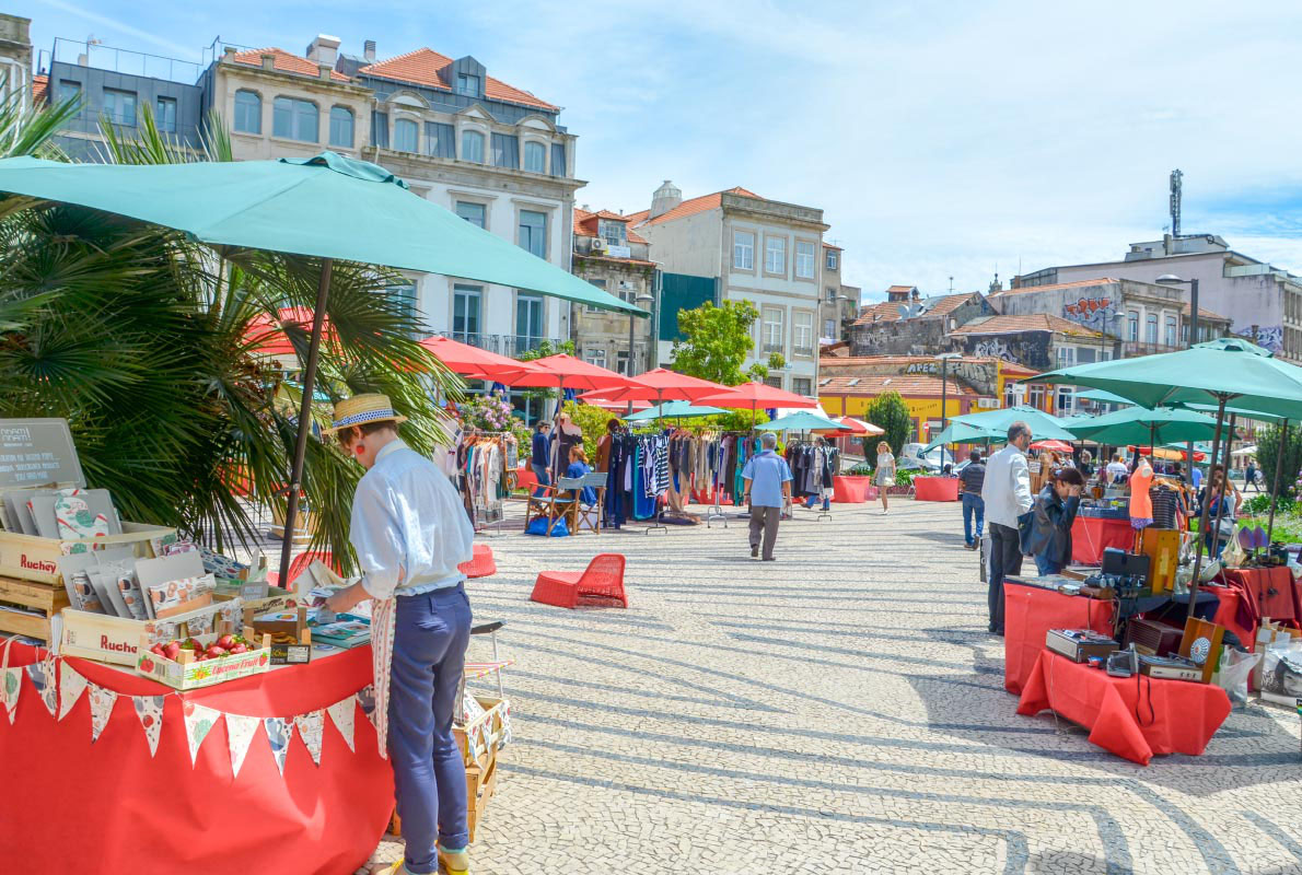 Porto Belo Market Praça de Carlos Alberto