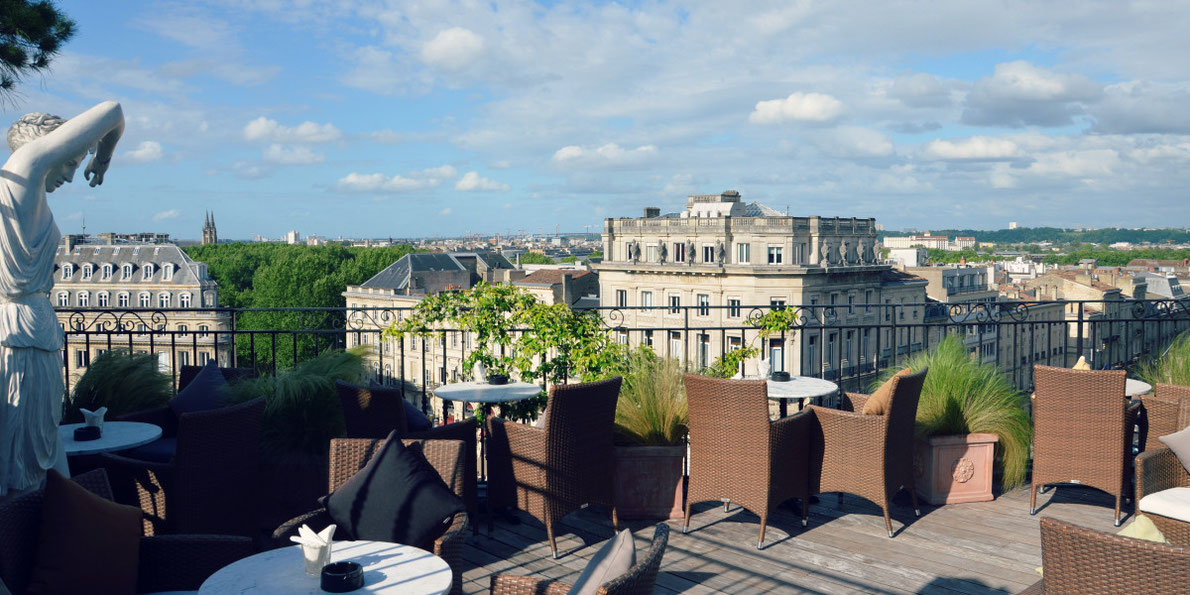 Grand-Hotel-Bordeaux-Terrace-bar